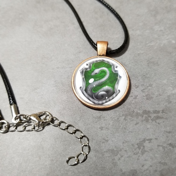 Glass pendant cabuchon and ear ring set on 20 inch waxed thread necklace